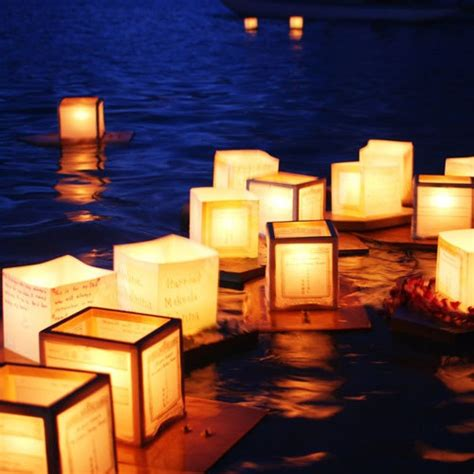 How To Make A Floating Lantern Out Of Paper - 25 best ideas about floating paper lanterns on