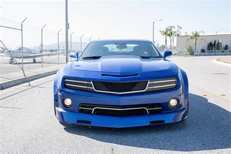 widebody camaro forgiato wide body camaro shows up in blue