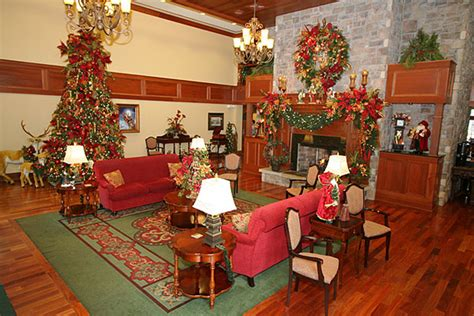 christmas place hotel pigeon forge tn