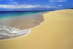 colored sand beaches hawaiian sand