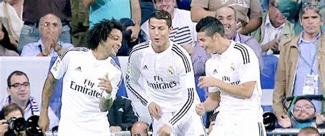 imagenes gif real madrid real madrid football gif find share on giphy
