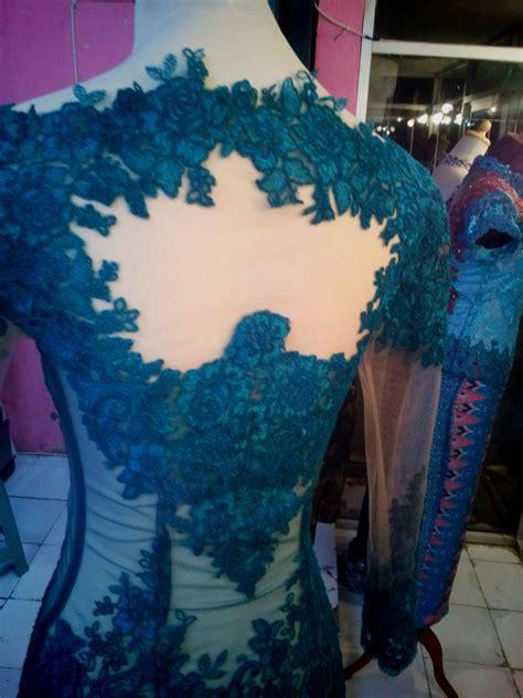 Kebaya Setean Tille Jhoda Tosca kebaya kerah sabrina warna biru toska