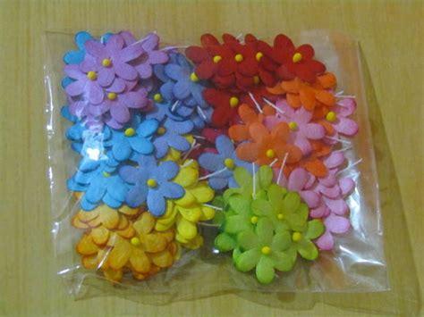 flor de papel para scrapbook pictures to pin on pinterest mini flores de papel para scrapbook andrea santtos elo7