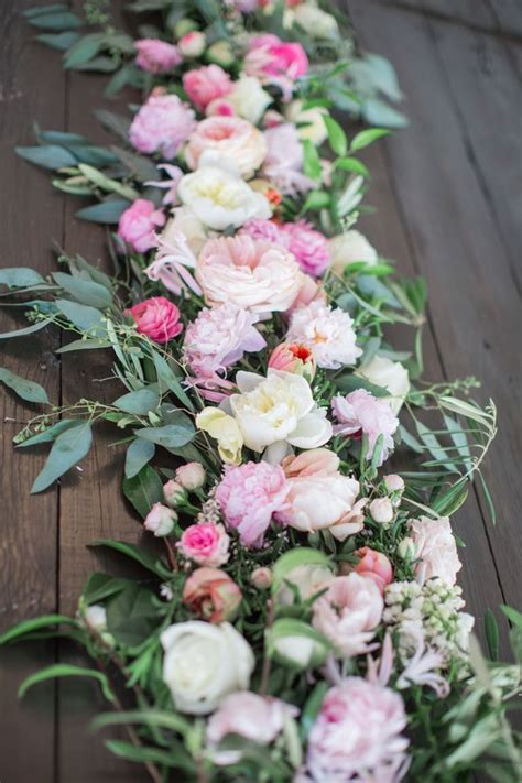 fresh table centerpieces fresh floral table runners make the wedding