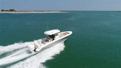 boat r wrightsville beach 2018 boston whaler 330 outrage boat for sale at marinemax