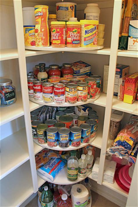 organize your pantry 10 ways to organize your pantry decorating your small space
