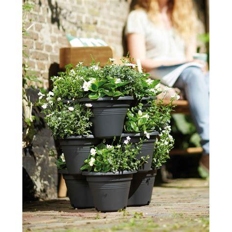 Attrayant Creer Un Jardin Aromatique #4: pots-de-fleurs-en-cascade-3-niveaux.jpg