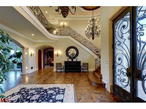kim kardashian home decor kim kardashian and kanye west reportedly buy 11m bel air