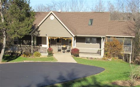 Galena Cabin Rentals by Comfort House Galena Country