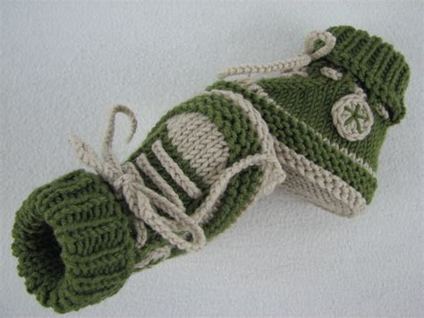 knitted sneakers pattern baby shoes baby boots knitting pattern