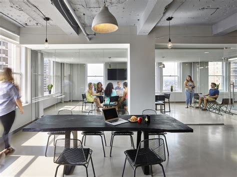 Office Space Philadelphia See Photos Of Upscale New Coworking Space Industrious