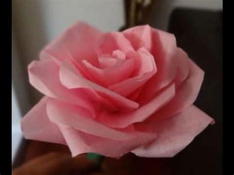 cara membuat bunga dari kertas hias cara mudah membuat mawar dari kertas tisu krep youtube