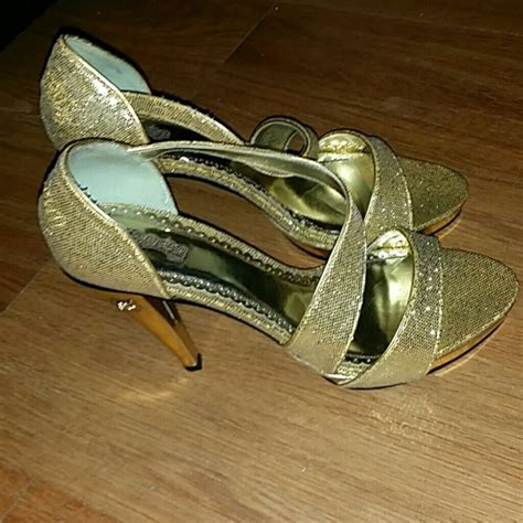 house of dereon shoes 70 off house of dereon shoes beyonce brand gold heels from shailene s closet on poshmark