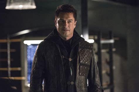 elon musk arrow arrow season 4 spoilers is malcolm merlyn the killer