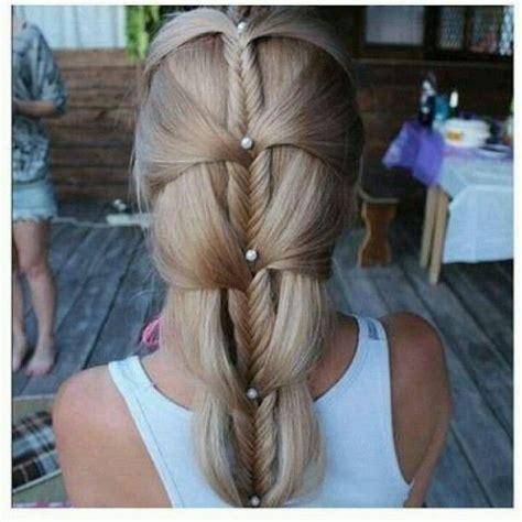 Fishbone Hairstyle by Best 25 Fishbone Braid Ideas On Fishbone Hair