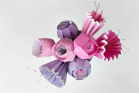 Paper Cutting Flowers Crafts - make a bunch of the prettiest paper flowers