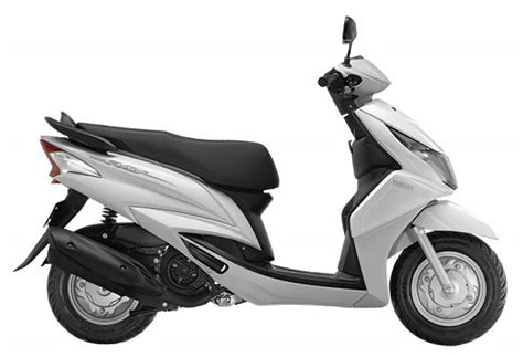 Yamaha Ray now available in white   Bike News   Scooters