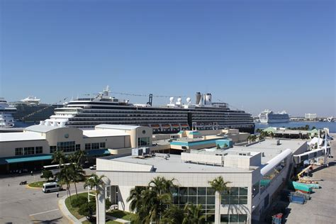 Records For Florida Florida Port Claims World Record For Most Cruise Passengers In A Single Day Sun Sentinel