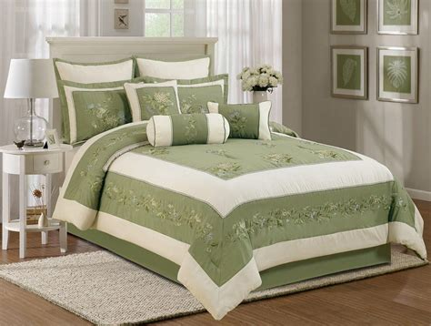 7 piece embroidery chrysanthemum floral comforter set