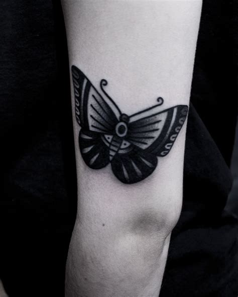 butterfly tattoo brad paisley tattoo blackwork oldschool tatuagem skulltattoo