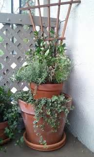 Stacked Planter by Stacked Pots Planter Garden Ideas