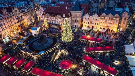 imagenes de la vida en las grandes ciudades las fiestas est 225 n a pleno en las grandes ciudades diario