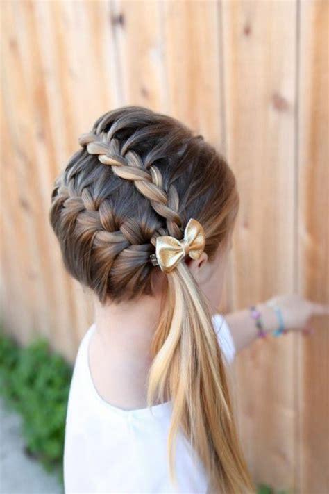 coiffeuse de chambre pour femme 25 best ideas about coiffure de fille on