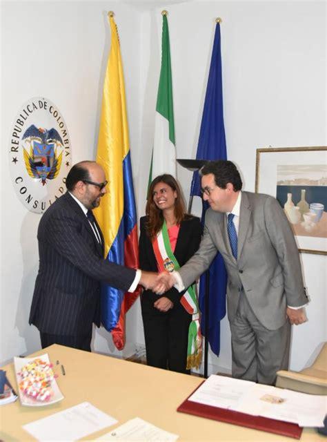 consolato colombiano a la presidente ermelinda damiano inaugura il consolato