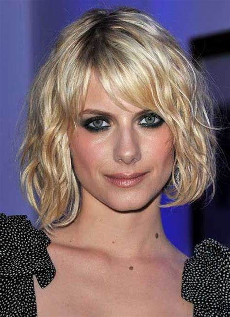 bobhaircut with side bangs wispy sides chic bob ideas with side swept bangs bob hairstyles 2017
