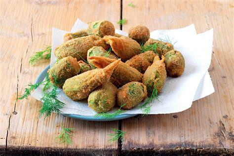 fiori zucchine ricette rocchetti di zucchina e fiori impanati la cucina italiana