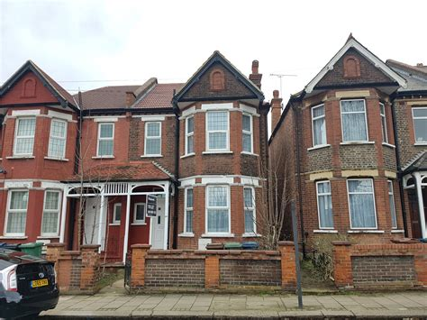 3 bedroom house in harrow 3 bedroom property to rent in south hill avenue harrow