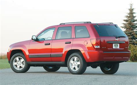 jeep models 2005 2005 jeep grand cherokee left rear angle photo 4