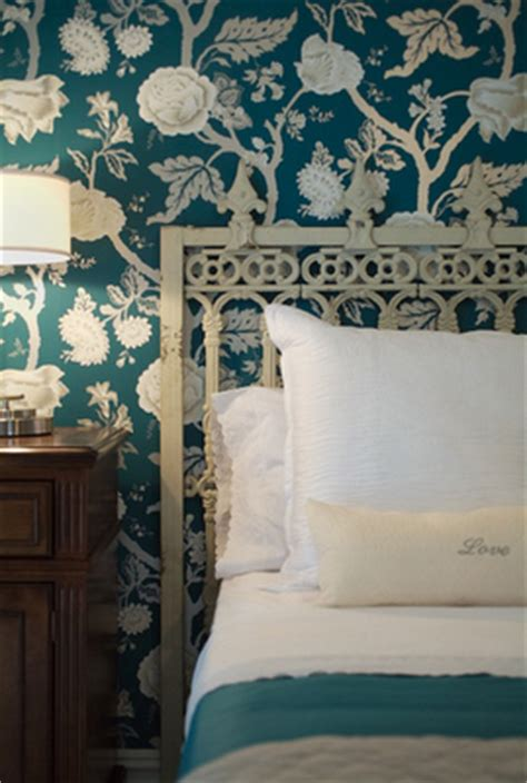 turquoise bedroom wallpaper chinoiserie chic saturday inspiration turquoise chinoiserie
