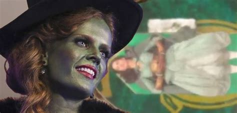 once upon a time ruby slippers once upon a time season 5 episode 18 ruby slippers sneak