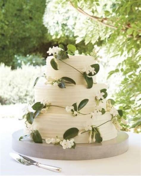 backyard wedding cake ideas garden wedding gorgeous garden inspired wedding cake