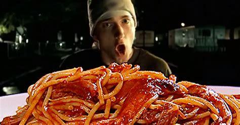 eminem mom spaghetti eminem quot lose yourself in mom s spaghetti quot