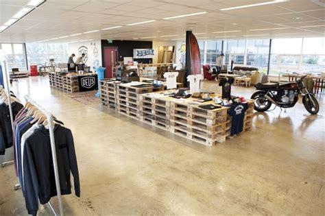 Deus Ex Machina Siluet Store 3 78 images about deus ex machina on logos cafe shop and amsterdam