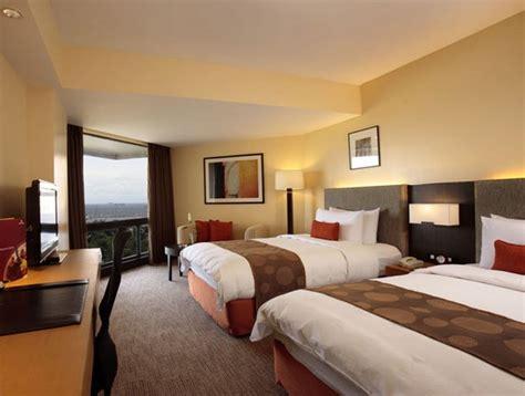 traders hotel room rates traders hotel manila travelsmart net