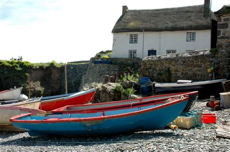 Cottages With Boats by Cadgwith Boats And Cottage Cornwall Guide Photos