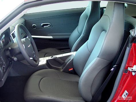 crossfire seats image 2004 chrysler crossfire 2 door coupe front seats