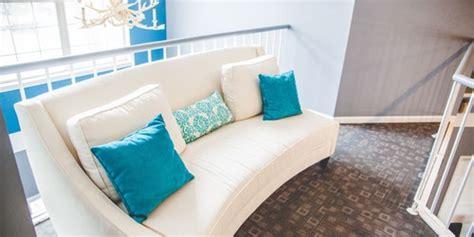 como limpiar un sofa de tela c 243 mo limpiar un sof 225 de tela en casa reformas madrid