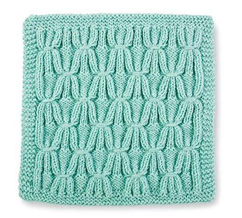 build a knitting patterns build a block series knit stitch block 2 smocked