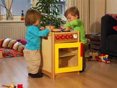buitenspeelgoed vanaf 1 jaar de vlinder houten speelgoed peuter 2 4 jaar