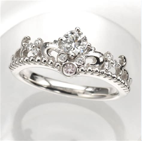 fabulous disney inspired wedding rings, perfect for a