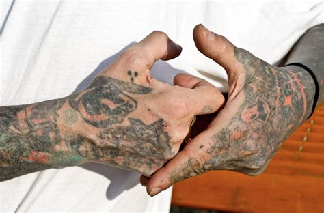 hand tattoo gang tattoos cakehead loves evil page 2