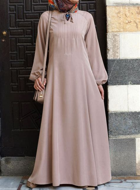 Tunic Rempel we the voluminous sleeves on this modest dress from shukronline islamic dresses