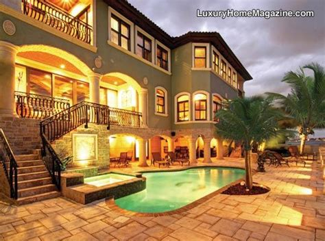 Live A Coveted Lifestyle St Petersburg Fl 3 500 000 Luxury Homes St Petersburg Fl