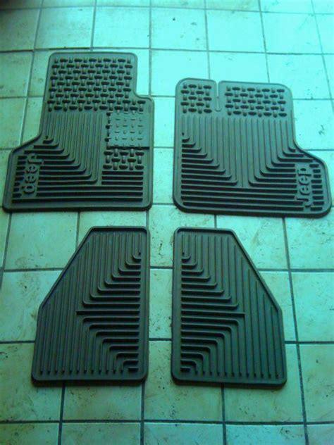 2000 Jeep Wrangler Floor Mats Find 2014 Jeep Wrangler Four Door Slush Style Floor Mats