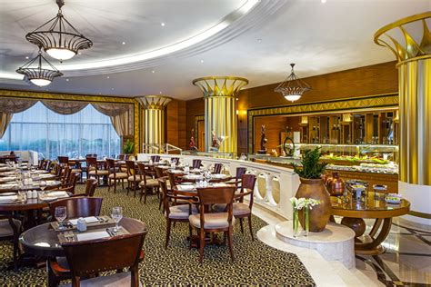 corniche abu dhabi restaurants dinning restaurant facilities corniche hotel abu dhabi