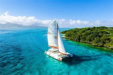 catamaran wedding mauritius catamaran cruise on your mauritius honeymoon is a must